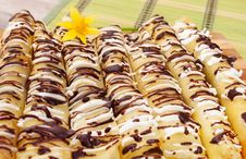 Free Pancakes Topped With Chocolate Royalty Free Stock Photography - 29780487