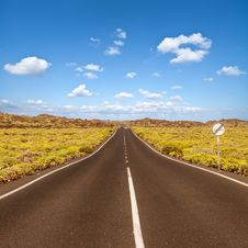 Free Asphalt Road In Canary Island Royalty Free Stock Images - 29789789