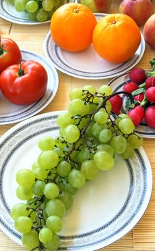 Free Colorful Vegetables And Fruits Stock Photography - 2982522