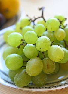 Free Green Grapes Royalty Free Stock Photography - 2982527