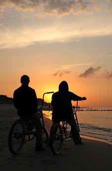 Free Bikers Admiring Sunrise Royalty Free Stock Photos - 2983048