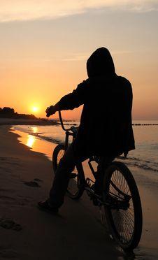 Free Biker Admiring Sunrise Stock Photography - 2983052