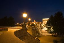 Free Budapest By Night Royalty Free Stock Photography - 2983807