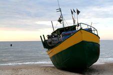 Free Fishing Boat Royalty Free Stock Photo - 2983895