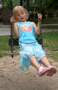 Free Girl On A Swing Royalty Free Stock Photos - 2984638