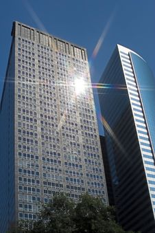 Free Sun Burst On Skyscraper Stock Image - 2984891