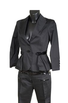 Free Female Trouser Suit Royalty Free Stock Images - 2985829