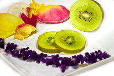 Free Kiwi Royalty Free Stock Photo - 2986415