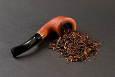 Free Smoking Pipe Stock Photography - 2986472