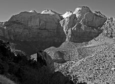 Free The Zion National Park Royalty Free Stock Image - 2989326