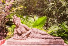 Free Sculpture Of Reclining Fairy In Botanic Garden Royalty Free Stock Photo - 29801915