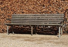 Free Classic Park Bench Royalty Free Stock Photos - 29813388