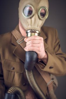 Free Gas Mask Royalty Free Stock Photography - 29818717