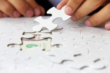 Free Hand Holding A Puzzle Piece, Money Concept Stock Images - 29822394