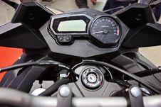 Free Motorcycle Handlebar Controls Stock Image - 29831801