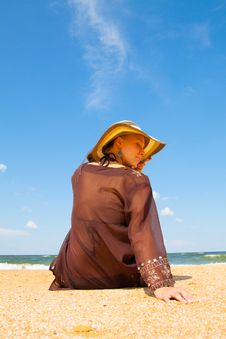 Free Girl On  Beach Royalty Free Stock Image - 29833796