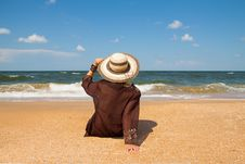 Free Girl On  Beach Royalty Free Stock Images - 29833809