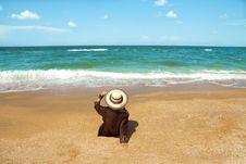 Free Girl On  Beach Royalty Free Stock Photos - 29833828