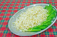 Free Bean Sprout Royalty Free Stock Photography - 29838427