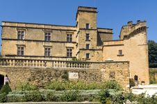Free Lourmarin Castle &x28; Chateau De Lourmarin &x29;, Provence, Luberon, France Stock Photos - 29838763
