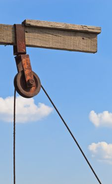 Free The Rusty Pulley Stock Image - 29840411