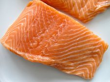 Free Salmon Fillets Royalty Free Stock Images - 29841049