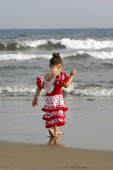 Free Child On Beach Royalty Free Stock Photos - 2990008