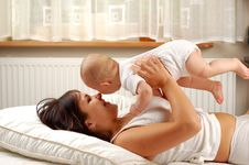 Free Mother And Baby 13 Stock Image - 2994761