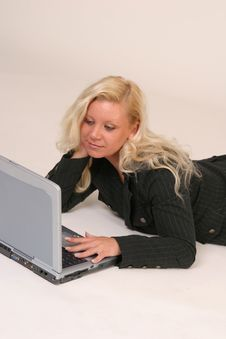 Free Blond Girl With Notebook Stock Photos - 2995233