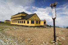 Free The Yellow Hut Stock Photo - 2995750