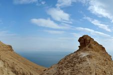 Free Desert Hill And Dead Sea View. Royalty Free Stock Photos - 29902518