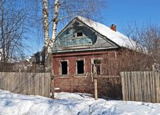 Free Old Abandoned Wooden House Stock Photos - 29907503