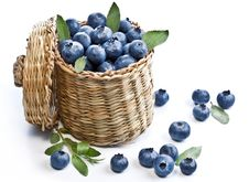 Free Blueberries In A Basket Royalty Free Stock Photos - 29914428