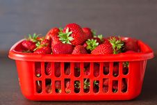 Free Heap Of Strawberries Stock Image - 29919511