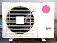Free White Metal Air Compressor Stock Photos - 29954933