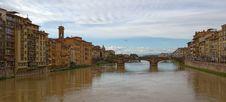 Free Bridge On River Arno Florence Italy Stock Photo - 29963100