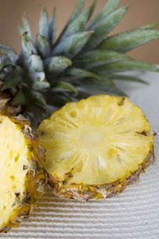 Free Close Up Piece Of Pineapple Royalty Free Stock Images - 29963759