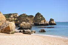 Free Praia Dona Ana, Algarve, Portugal, Europe Royalty Free Stock Photo - 29975445