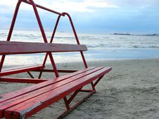 Free Beach Bench Stock Image - 32051