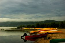 Free Canoes Royalty Free Stock Images - 3000609