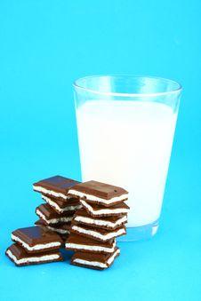 Free Milk And Chocolate Stock Photos - 3001123