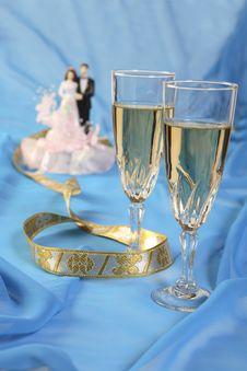Free Wedding Cake Dolls, Rose Royalty Free Stock Image - 3006706