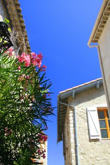 Free Mediterranean Façades Royalty Free Stock Image - 3008466