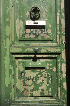 Free Grungy Green Door Stock Image - 30015851