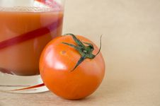 Close Up Tomato With Juice Royalty Free Stock Image