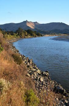 Free Heathcote River At Sunset, Christchurch, New Zealand Royalty Free Stock Photo - 30053095