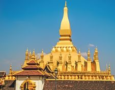 Free Lao Golden Stupa Royalty Free Stock Image - 30053246
