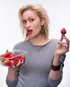 Free Young Happy Blond Girl With Fresh Strawberries Stock Photos - 30082483