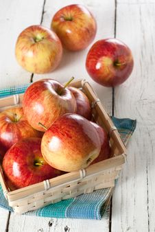 Free Red Apples Stock Photos - 30089653