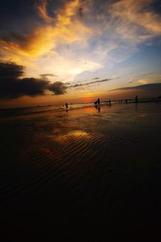 Free Dusk With Sand Ripples Royalty Free Stock Images - 3010759